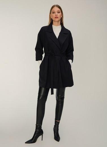 NGSTYLE Oversize Kuşaklı Ceket Siyah